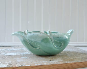 Vintage Green Planter - Leaf Shape Pottery Bowl USA Midcentury Two Tone Glaze McCoy