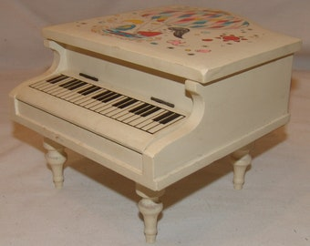 Vtg Grand Piano Music Box Jewelry Keepsake Vintage Musical Wood Wooden