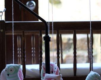 Owl baby crib mobile