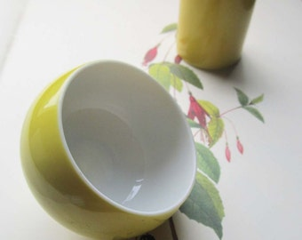 Vintage votive Candle Holder * 1970's Vase Bowl Votive Stand. Yellow and white Retro Home Decor * Vintage Gifts * Ideas *