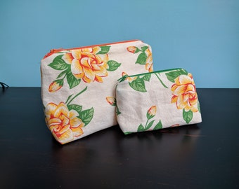 Zippy pouch - Yellow Roses