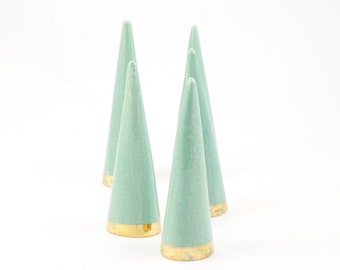 Modern Ceramic Ring Cone Holder Storage Jewelry Organization Display: Jade Gold Bottom