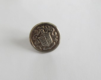Button * vintage round silver plated