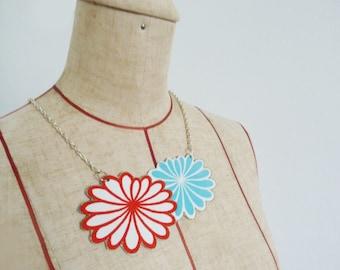 Necklace, kimono fabric, stylised chrysanthemum design, fabric necklace
