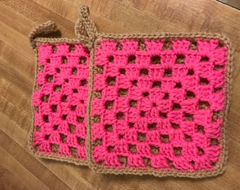 2 double thick pot holders- pink/ brown