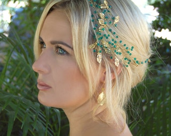 Bridal halo hairpiece, gold emerald,Gold crown headband,Emerald headband, Hair vines, Bridal headband, green, Tiara, Headband wedding, Halo.