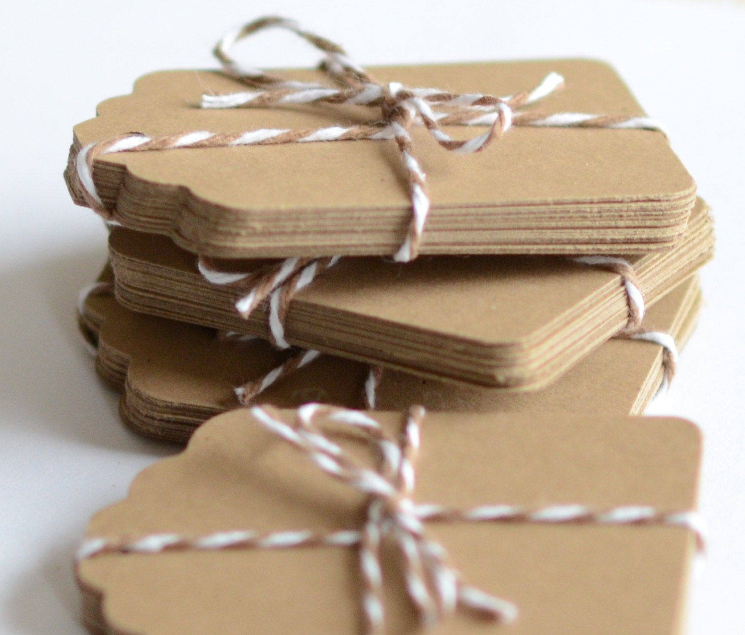 Kraft paper tags 100 die cut tag gift tags labels brown zoom jeuxipadfo Choice Image