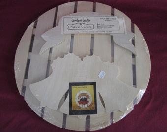 Caroline's Crafts,Season's Greetings wood shapes,painting,folk art,bells,Christmas