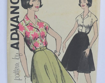 Vintage Sewing Pattern Advance 9853 woman size 16