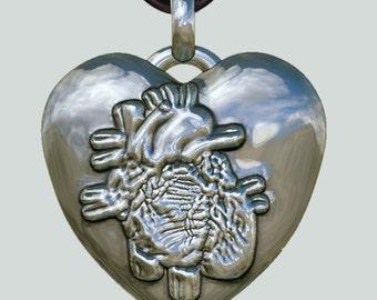 Herzanhänger Beating Heart - exklusiver Silberanhänger, Herzanhänger, schlagendes Herz, Herzsymbol, Herzheilung, Gesundheit