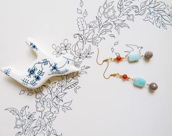 Dangle-Gemstone-Earrings-Labradorite-Amazonite-Carnelian-Gold-Beads