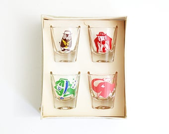 Vintage Kitschy Animals Shot Glasses by Federal Glass / Mid Century 'Morning After' Rumpus Set / Mid Centuy Barware Shot Glass Set
