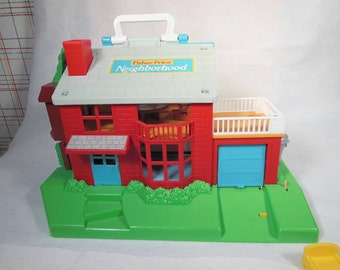 Vintage Fisher Price-1989-Little People Neighborhood-Number 2551-Complete
