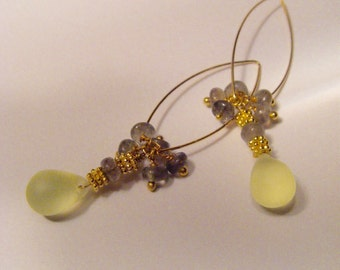 Earring Golden-Yellow bohemian pearl with labradorite