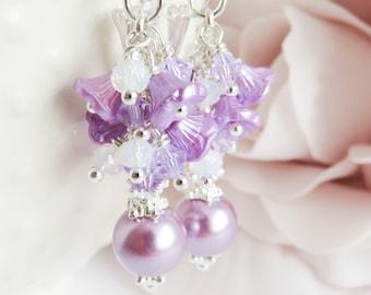 Purple pearl earrings, lilac cluster earrings, crystal dangle and drop, gift for her, paarse parel oorbellen, romantic jewelry
