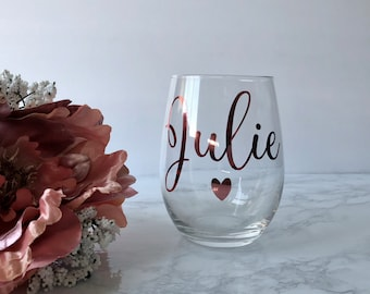 Custom wine glass, custom wine glasses. Personalized stemless wine glass, Bridesmaid gifts, Bachelorette Party, Birthday wine glasses, mom