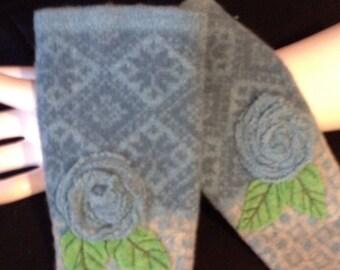 Mittens  Flower appliqued fingerless mittens /gloves