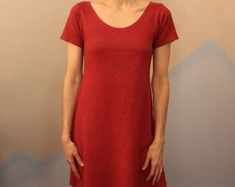 short sleeve dress / nightgown - 100% hemp and organic cotton - hand dyed in burgundy - small to medium