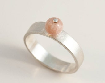 Sunstone peach ball sterling silver band ring