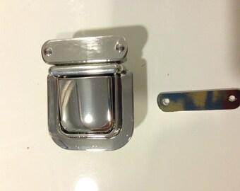 An elegant silver metal lock, decorative push lock, push lock for purses and bags, purse closure, light gold lock