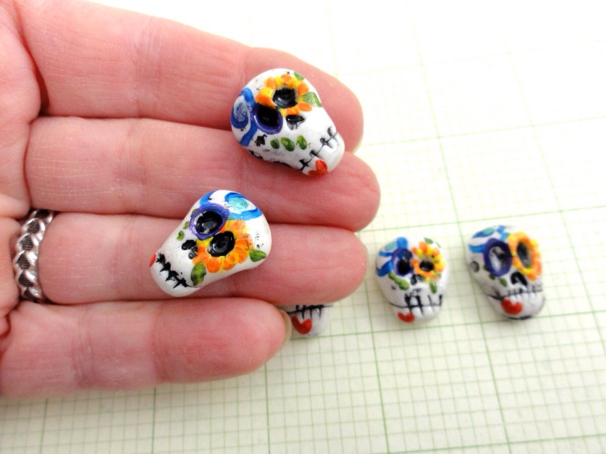Day of the dead set of Skull beads 5 pieces by Marie Segal