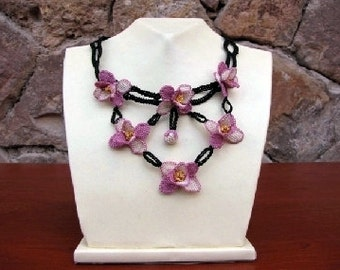 Pink Lilac Flowers Crochet Necklace, Pink Crochet Flower Necklace, Crochet Necklace, Pink Flower Necklace, Statement Necklace, Pink Necklace