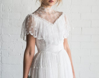 LILAH - 1970's vintage lace wedding dress