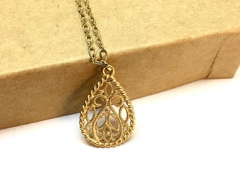 Gold Filigree diffuser necklace