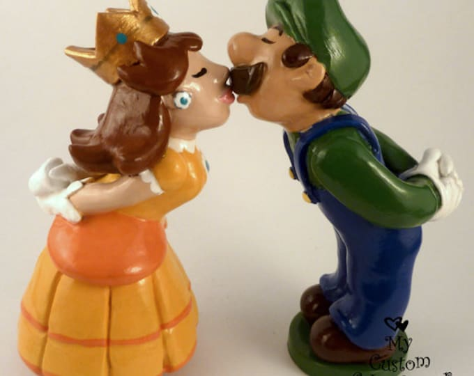 Luigi Cake Topper - Luigi and Daisy Super Mario Wedding Prince and Princess