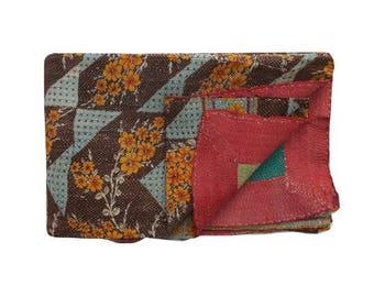 A Handmade reversible vintage Kantha Throw, Kantha Quilt, Boho throw, Bohemian Gudari