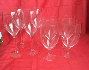 Crystal glasses, 4 water, 4 wine,