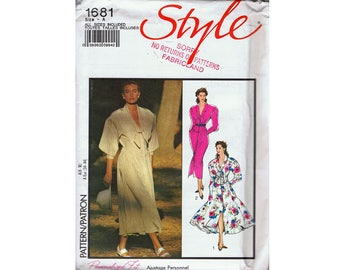 Style 1681 Vintage 1980's Women's Dress Sewing Pattern UNCUT
