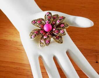 Memorial Day Sale Vintage 1970s Pink and Gold Flower Brooch/Pin Signed ART©