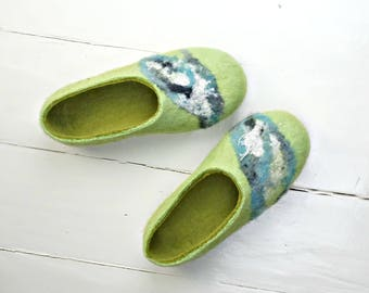 Felted slippers, Home slippers, Valenki, Green slippers, Slippers women, Warm slippers, Bedroom slippers, Very comfortable house shoes