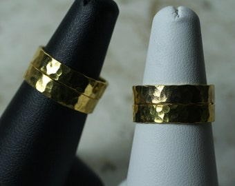Hand hammered textured gold plated band ring, one piece (item ID GPN)