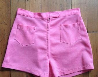 vintage 1970s highwaisted pink shorts