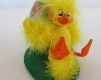 Annalee Easter Chick with Egg