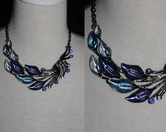 Necklace-Blue Leafs