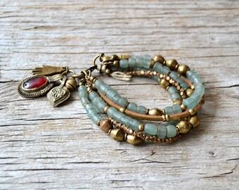 Bracelet Bohème, bijoux à la main, bracelet de perles de Bohème, bijoux tribal, cadeau pour elle, une dernière