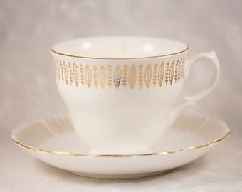 No.5 Inspired, Vegan, Soy Wax Candle, in a Vintage, Gold, Tea Cup and Saucer/Vintage Tea Cup Candle/Vegan Candle