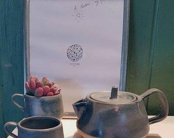 Stoneware tea set, light blue