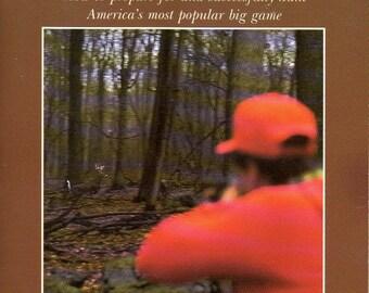 Vintage livre - chasse au chevreuil - National Rifle Association - 1988 - cerf chevreuil chasse - fusil chasse - plein air - bon état