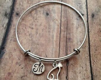 Cat outline initial bangle - cat jewelry, pet cat jewelry, feline jewelry, cat bangle, gift for cat lover, silver cat bracelet