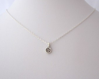 Tiny DAISY FLOWER 97% solid sterling silver dot charm necklace, delicate everyday necklace