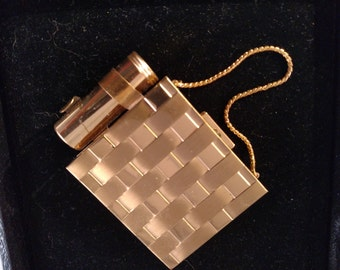 Coin Purse Make Up Compact, With Chain, Gold Tone Metal, Unsigned  Mint Condition