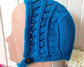 Bonnet béguin bébé 0-4 mois, chapeau rétro/vintage bleu cyan au tricot ajouré