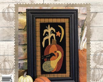 Primitive Folk Art Wool Applique Pattern:  CROW ON GOURD - Design by Stacy West of Buttermilk Basin