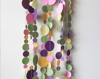 Spring Circle Garland / Nursery Bunting / Party Garland / Spring Garland / Easter Garland / Photo Prop / Classroom Decor