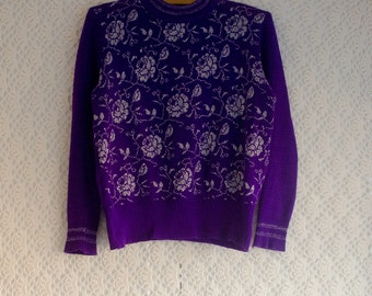 Vintage 1970s purple and silver rose pattern cropped fitted sweater/jumper, Small