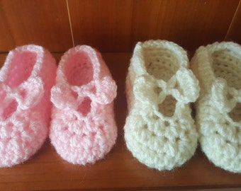 Baby booties, 2 pairs of babygirl booties, babygirl booties, pink booties, Mary Jane baby shoes, 0-3 months baby booties